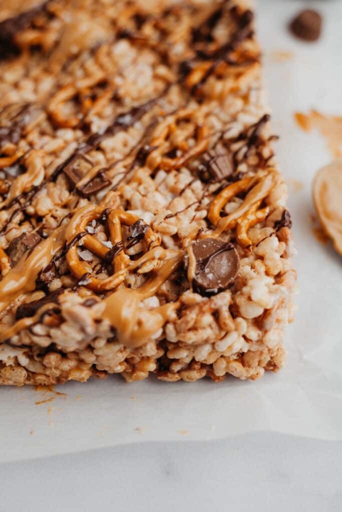 A close up of rice krispie treats that haven't been cut into squares yet.